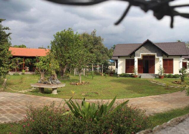 Khu biệt thự của gia đình ông Nguyễn Văn Đấu tại xã Xuân Thạnh, huyện Thống Nhất
