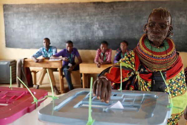 Trạm bỏ phiếu ở Kenya. - Sputnik Việt Nam