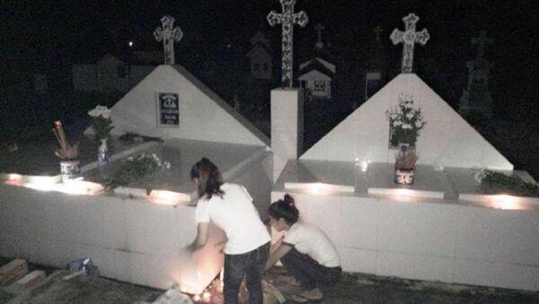 Nghĩa trang nơi an nghỉ của các hài nhi xấu số được bà Cúc mang về chôn cất - Sputnik Việt Nam