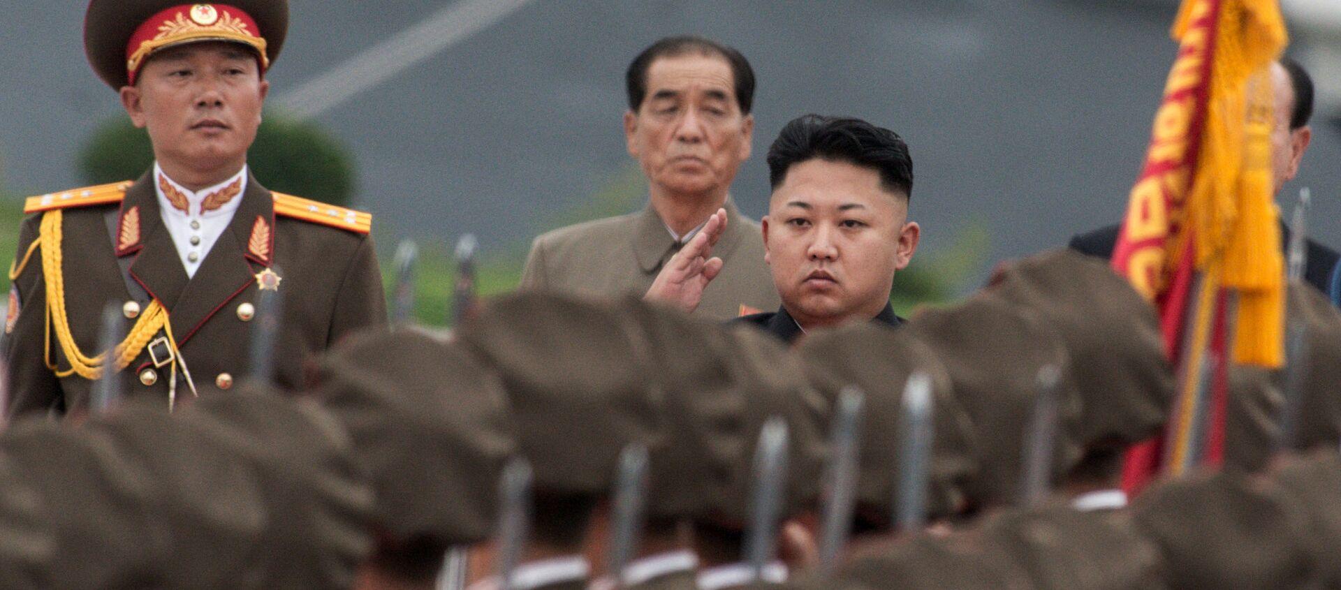 Quân đội của Bắc Triều Tiên với Kim Jong-un - Sputnik Việt Nam, 1920, 03.10.2017