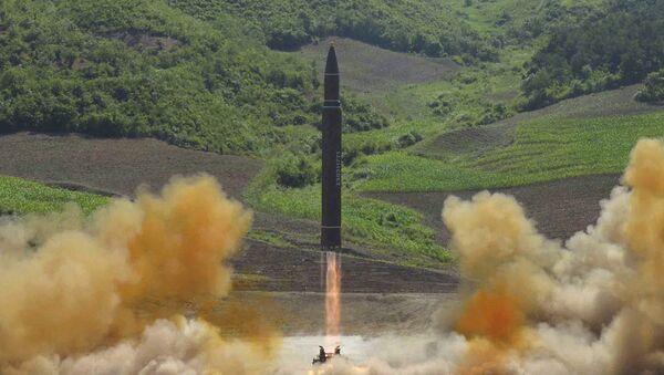 Hwasong-14 - Sputnik Việt Nam