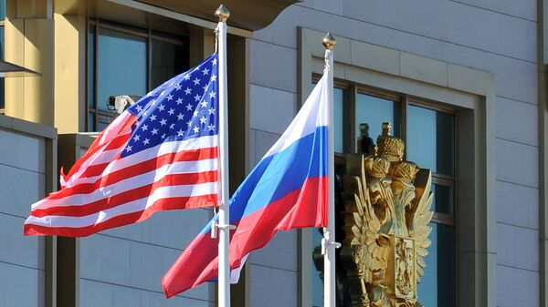 Cờ Nga và Mỹ - Sputnik Việt Nam