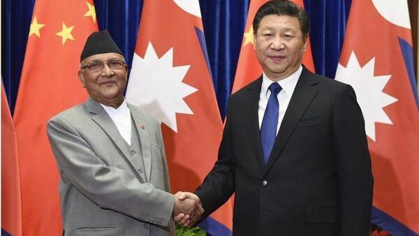 Thủ tướng Nepal Sher Bahadur Deuba và Chủ tịch Trung Quốc Tập Cận Bình. - Sputnik Việt Nam