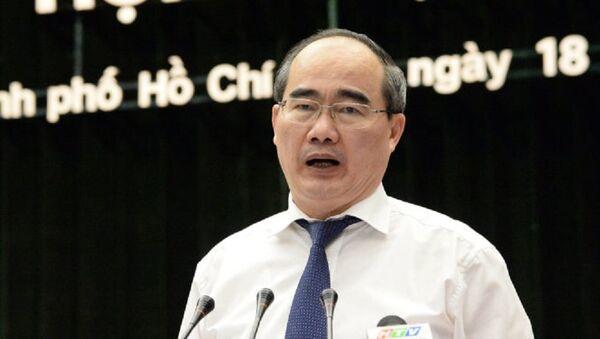 Bí thư Thành ủy TP.HCM Nguyễn Thiện Nhân phát biểu tại hội nghị Thành ủy TP.HCM - Sputnik Việt Nam