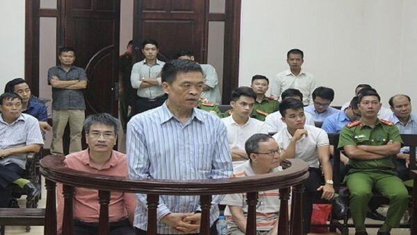 Các bị cáo tại phiên tòa xét xử - Sputnik Việt Nam