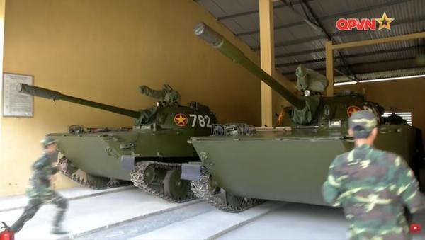 Xe tăng PT-76. - Sputnik Việt Nam