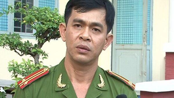 Trung tá Nguyễn Thành Nhân - đội trưởng đội 8 trong lần trả lời báo chí về các nhóm lừa đảo sử dụng công nghệ ca - Sputnik Việt Nam