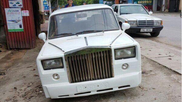 Lada độ Rolls-Royce Phantom taị Bắc Giang gây sự chú ý - Sputnik Việt Nam