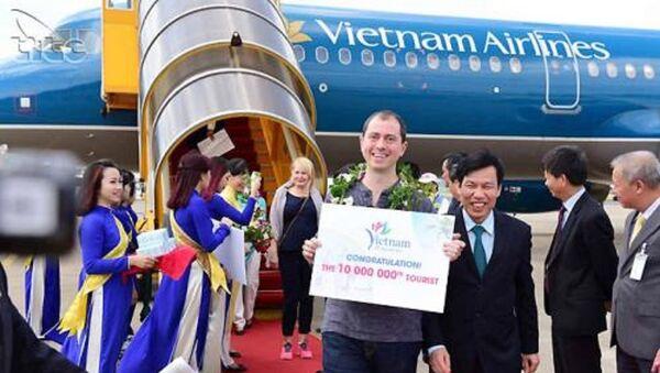 Khách quốc tế đến Việt Nam tăng mạnh. - Sputnik Việt Nam