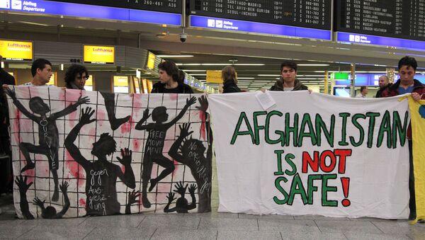 Proteste gegen geplante Abschiebung nach Afghanistan - Sputnik Việt Nam