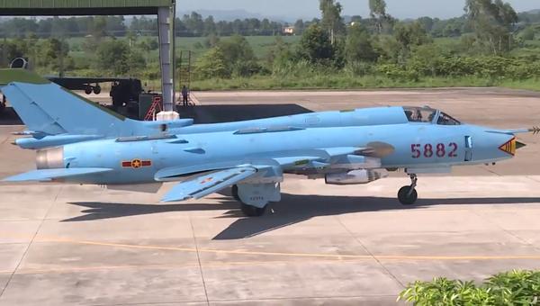 Máy bay chiến đấu Việt Nam chuẩn bị cất cánh - Sputnik Việt Nam