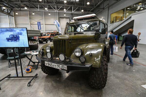 Chiếc GAZ-69 cũ mà vẫn tốt, nhưng đã qua nhiều sửa đổi. - Sputnik Việt Nam