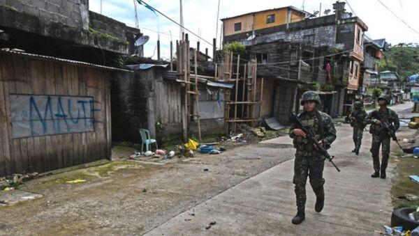 Lính thủy đánh bộ Philippines trên đường phố Marawi - Sputnik Việt Nam