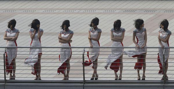 Grid Girls tại Grand Prix Công thức 1 ở Thượng Hải, Trung Quốc - Sputnik Việt Nam