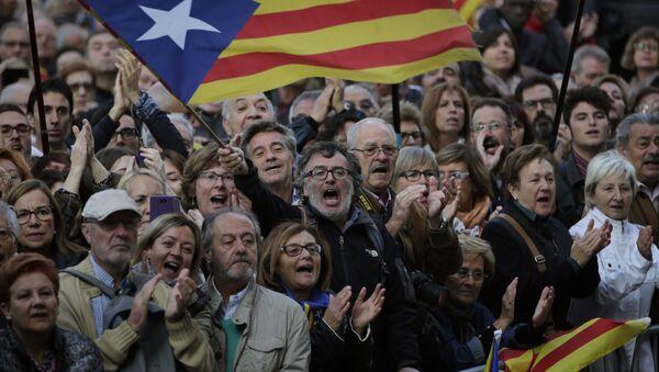 Сторонники независимости Каталонии в Барселоне - Sputnik Việt Nam