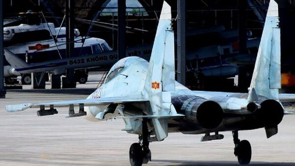 Tiêm kích Su-27 của Việt Nam - Sputnik Việt Nam