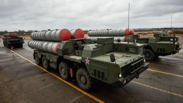 Tổ hợp tên lửa cao xạ S-300 - Sputnik Việt Nam