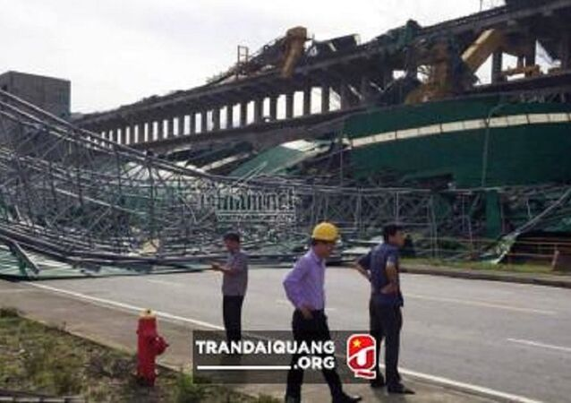 Hiện trường kho than Nhà máy nhiệt điện Formosa bị bão đánh sập.