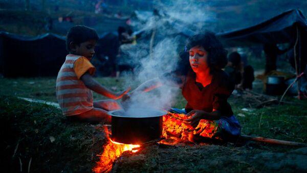 Những đưa trẻ Rohingya tại Bangladesh - Sputnik Việt Nam