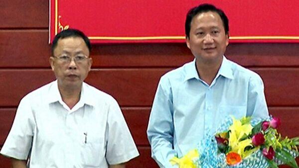 Ông Chánh (phải) là người xin Trịnh Xuân Thanh về Hậu Giang. - Sputnik Việt Nam