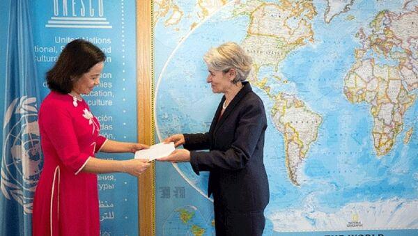 Đại sứ Việt Nam trình Thư ủy nhiệm Tổng giám đốc UNESCO - Sputnik Việt Nam