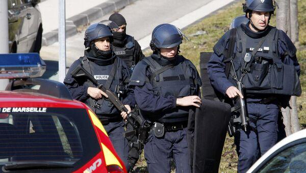 Police officers at  Marseille, southern France - Sputnik Việt Nam