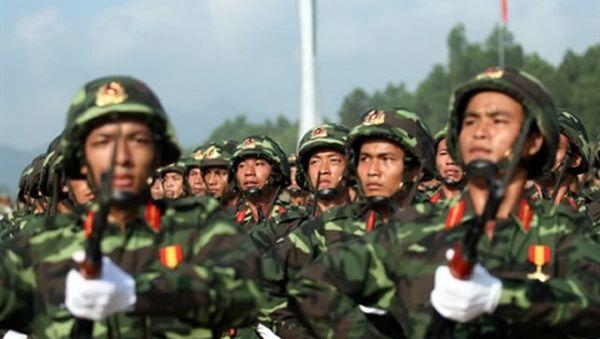Quân phục dã chiến K07 của chiến sĩ lục quân Quân đội nhân dân Việt Nam - Sputnik Việt Nam