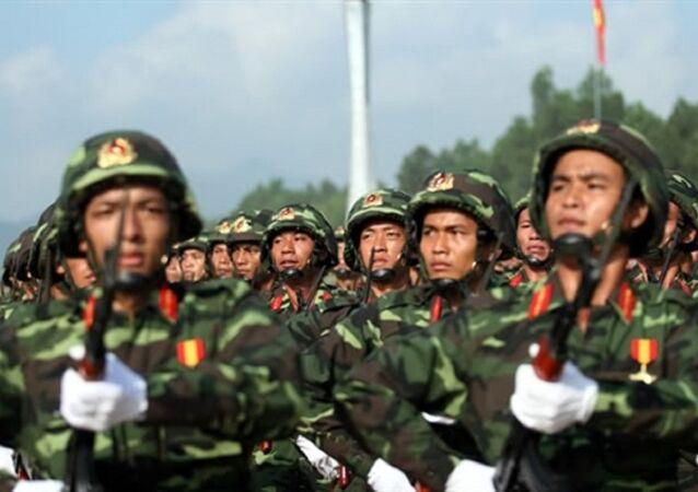 Quân phục dã chiến K07 của chiến sĩ lục quân Quân đội nhân dân Việt Nam