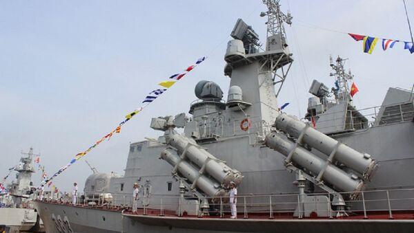 Một số hình ảnh về tàu tên lửa tấn công nhanh lớp Molniya do Việt Nam đóng - Sputnik Việt Nam
