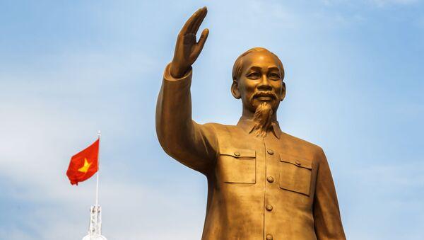 Tượng Chủ tịch Hồ Chí Minh ở Việt Nam - Sputnik Việt Nam