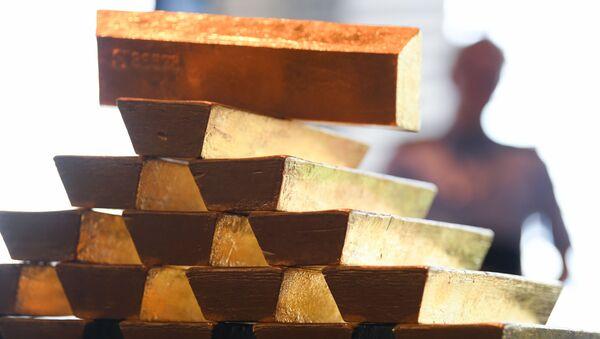 Золотые слитки в Центральном банке Германии во Франкфурте-на-Майне - Sputnik Việt Nam