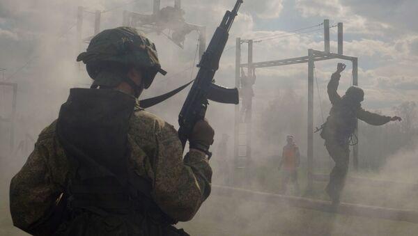 Các chiến sĩ vượt qua kỳ thi chứng chỉ. - Sputnik Việt Nam