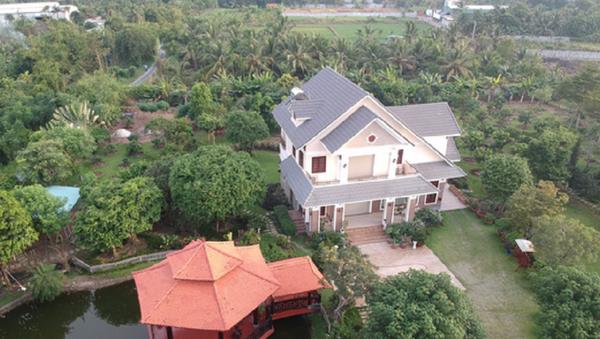 Diện tích khuôn viên căn biệt phủ khoảng 7.000m2, mặt tiền hướng ra bờ sông Sài Gòn - Sputnik Việt Nam