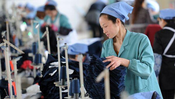 Nhà máy dệt ở Trung Quốc - Sputnik Việt Nam