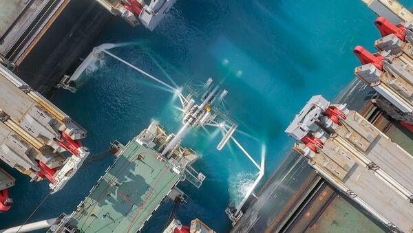 Lắp đặt  đường ống dẫn khí khu vực biển  sâu Dòng chảy Thổ Nhĩ Kỳ - Sputnik Việt Nam