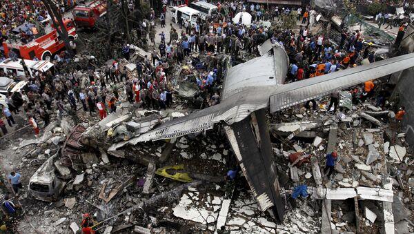 Cảnh đổ nát do máy bay rơi ở Indonesia - Sputnik Việt Nam