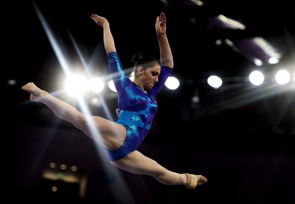 Vận động viên Aliya Mustafina (Nga) trong cuộc thi tại Giải vô địch châu Âu lần I ở Baku - Sputnik Việt Nam