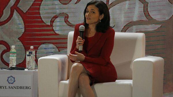 COO Facebook Sheryl Sandberg xuất hiện ở Hà Nội - Sputnik Việt Nam