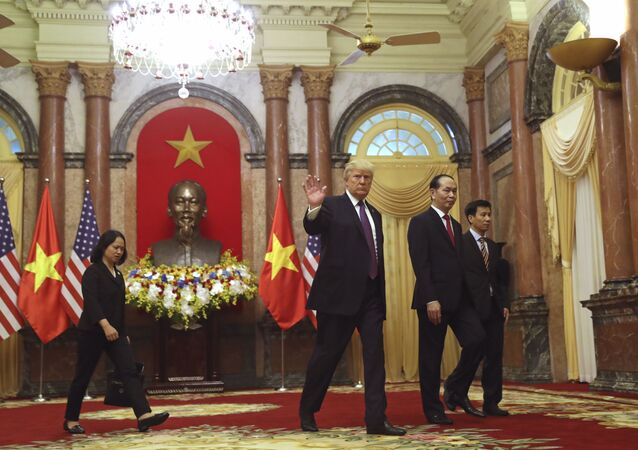 Tổng thống Donald Trump tại Việt Nam