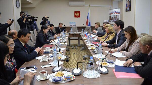 Ngày 28 tháng 11 Đặc phái viên Nhân quyền của Liên bang Nga, bà Tatyana Moskalkova đã tiến hành cuộc gặp đoàn đại biểu Việt Nam, dẫn đầu là bà Nguyễn Thanh Hải, Ủy viên BCH Trung ương Đảng Cộng sản và Ủy ban Thường vụ Quốc hội Việt Nam. - Sputnik Việt Nam