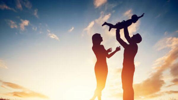 Gia đình hạnh phúc - Sputnik Việt Nam