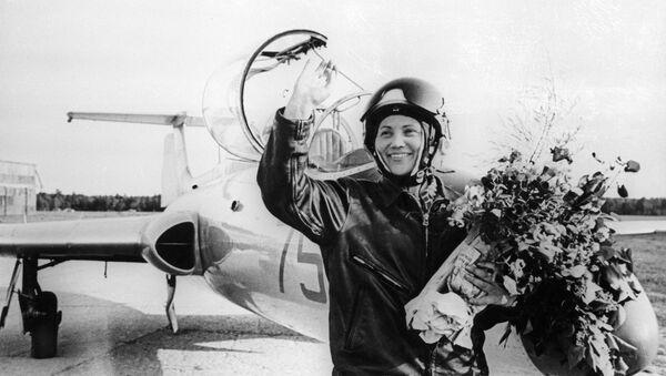 madam MiG Marina Popovich - Sputnik Việt Nam