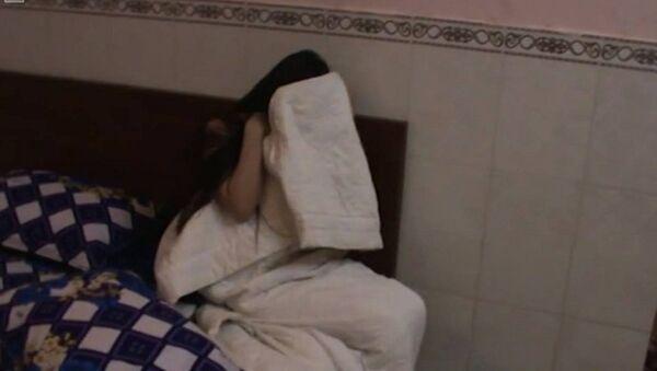 Nữ nhân viên phục vụ bị bắt quả tang bán dâm - Sputnik Việt Nam