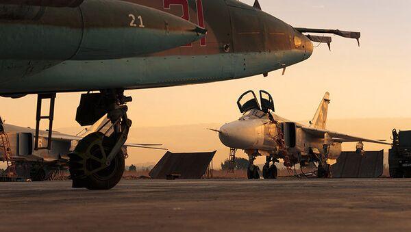 Máy bay VKS Nga tại một căn cứ không quân chính ở Hmeimim, Syria - Sputnik Việt Nam