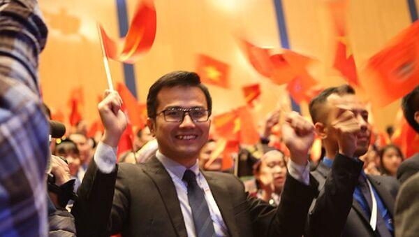 Phó giáo sư trẻ nhất Việt Nam Trần Xuân Bách được bầu vào Ban Chấp hành T.Ư Đoàn khoá XI - Sputnik Việt Nam