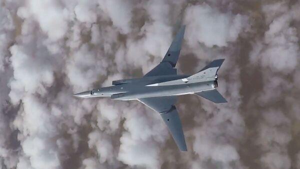 máy bay ném bom Tu-22M3 - Sputnik Việt Nam