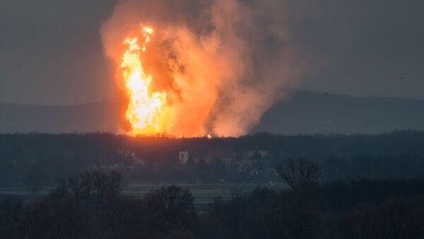 Vụ nổ ở trung tâm phân phối khí tại Baumgarten (Áo) - Sputnik Việt Nam