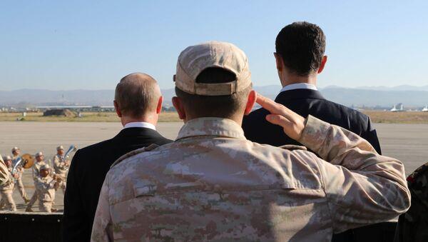 Tổng thống Syria Bashar Assad với Tổng thống Nga Vladimir Putin - Sputnik Việt Nam