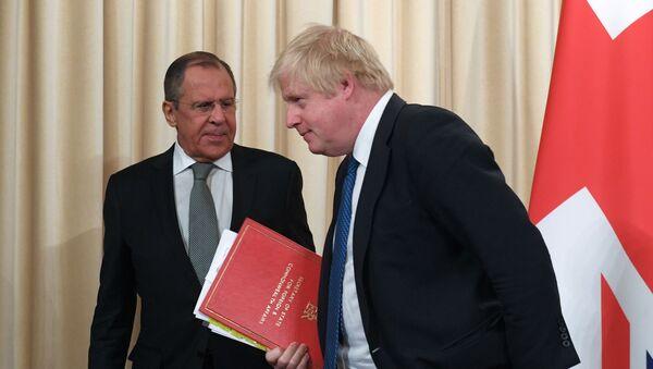 Sergei Lavrov và Boris Johnson - Sputnik Việt Nam
