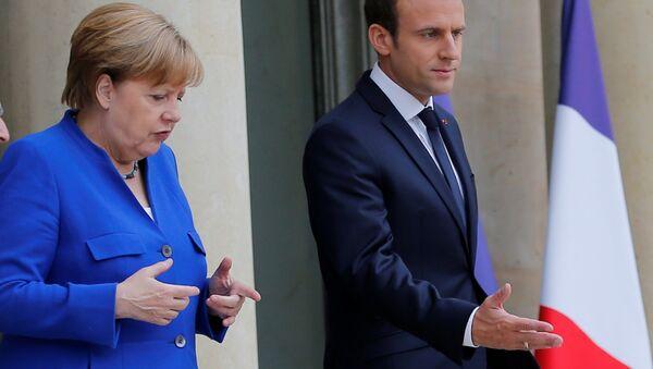 Merkel và Macron - Sputnik Việt Nam